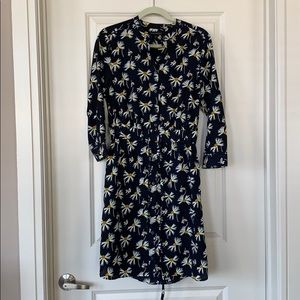 Banana Republic Dresses - Banana Republic Floral Button Up Dress